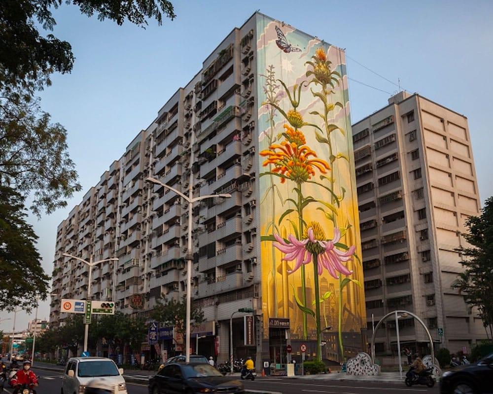 Street Artist : Mona Caron